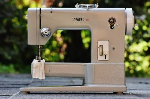 Best Sewing Machine for Heavy and Thick Fabrics