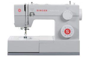 SINGER 4423 Sewing Machine, white